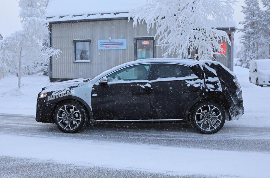 SUV Kia XCeed (2)