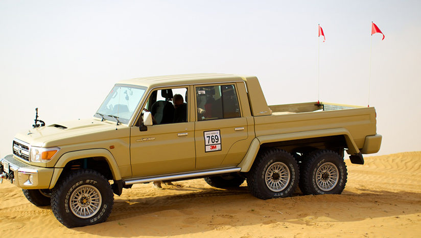 Land Cruiser 6×6, rival pentru G63 AMG 6×6?
