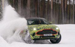 Spionaj: Primul SUV de la Aston Martin, DBX, testează pe zăpadă