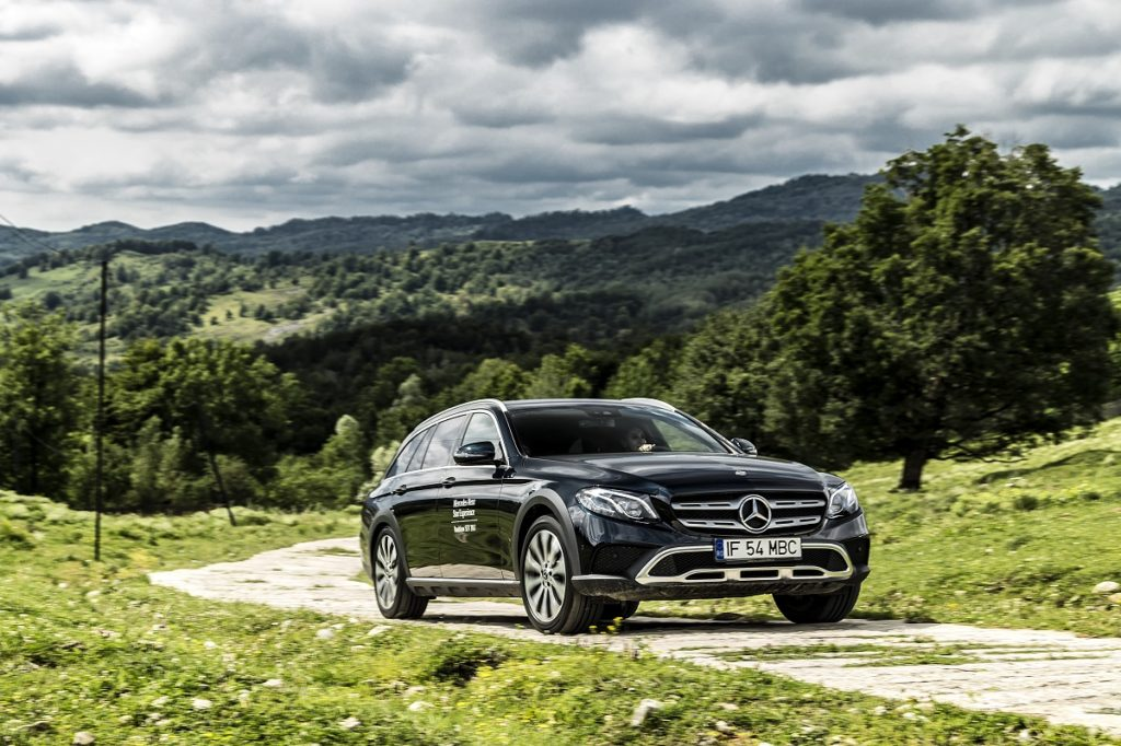 Mercedes-Benz-E-Class-All-Terrain-3